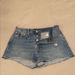 Levi's Shorts - Levi's High Rise Wedgie Fit Shorts